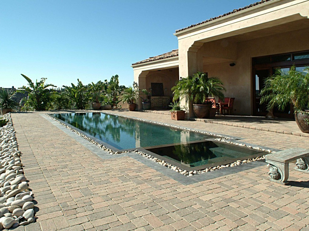 tampa-paver-contractors